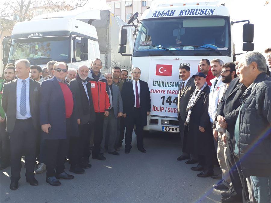 İl müdürümüz Şahin ERSÜ Suriye'nin İdlip İline insani yardımda bulunan vatandaşlarımızla buluştu.